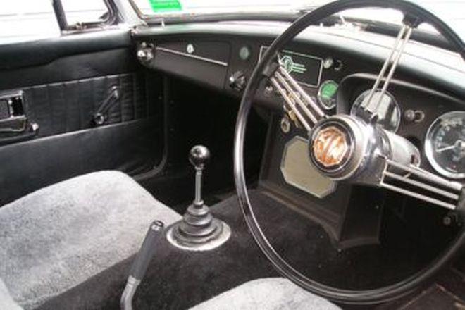 MGB Mk 2 Roadster
