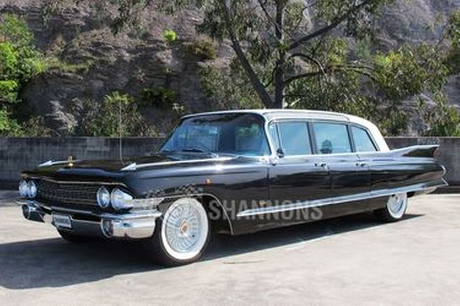 Sold: Cadillac Fleetwood Series 75 Limousine (RHD) Auctions - Lot 17