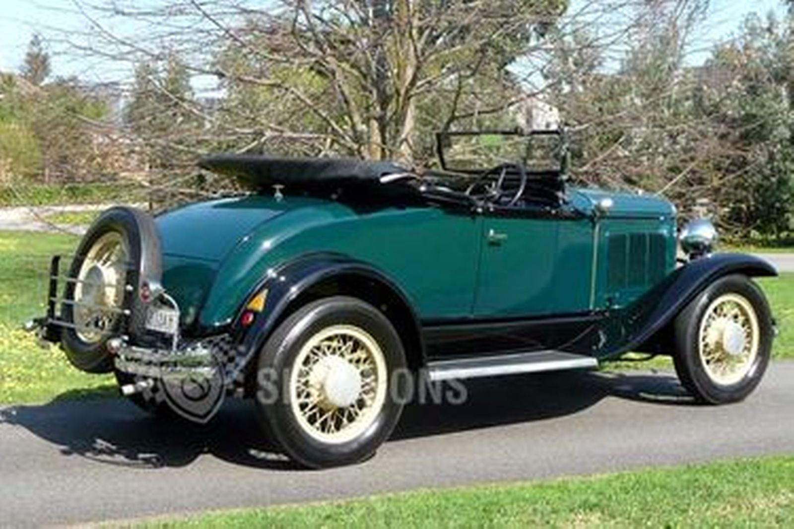 Desoto roadster auctions lot 15 shannons for Motor vehicle open on saturday