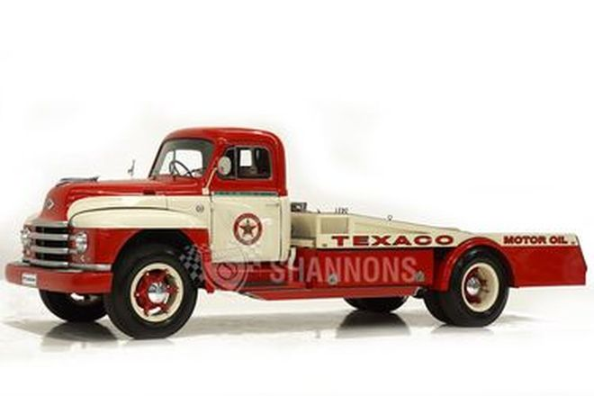 Diamond T 522 Truck 'Texaco Livery' (RHD)