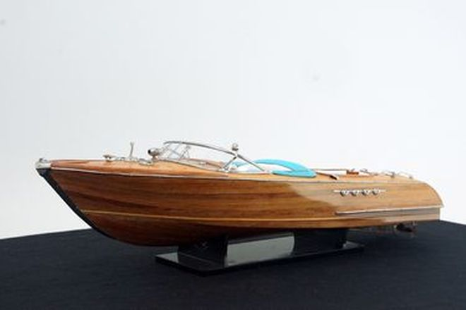 Model Boat - Aquarama Riva (Size - 86cm long)