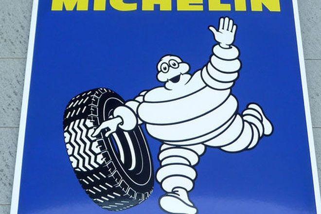 Sign - Michelin Tin (75 x 75cm)