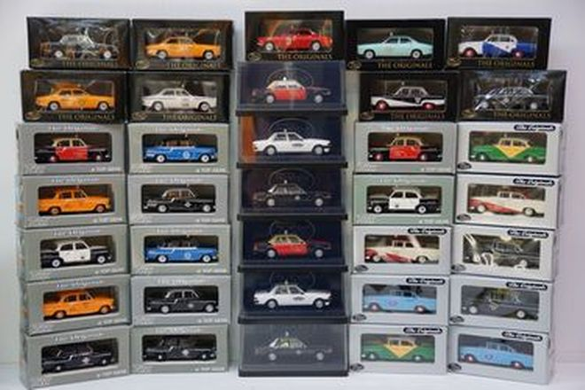 Model Cars - 35 x Trax / Top Gear Die-Cast Australian Taxis (1:43 scale)