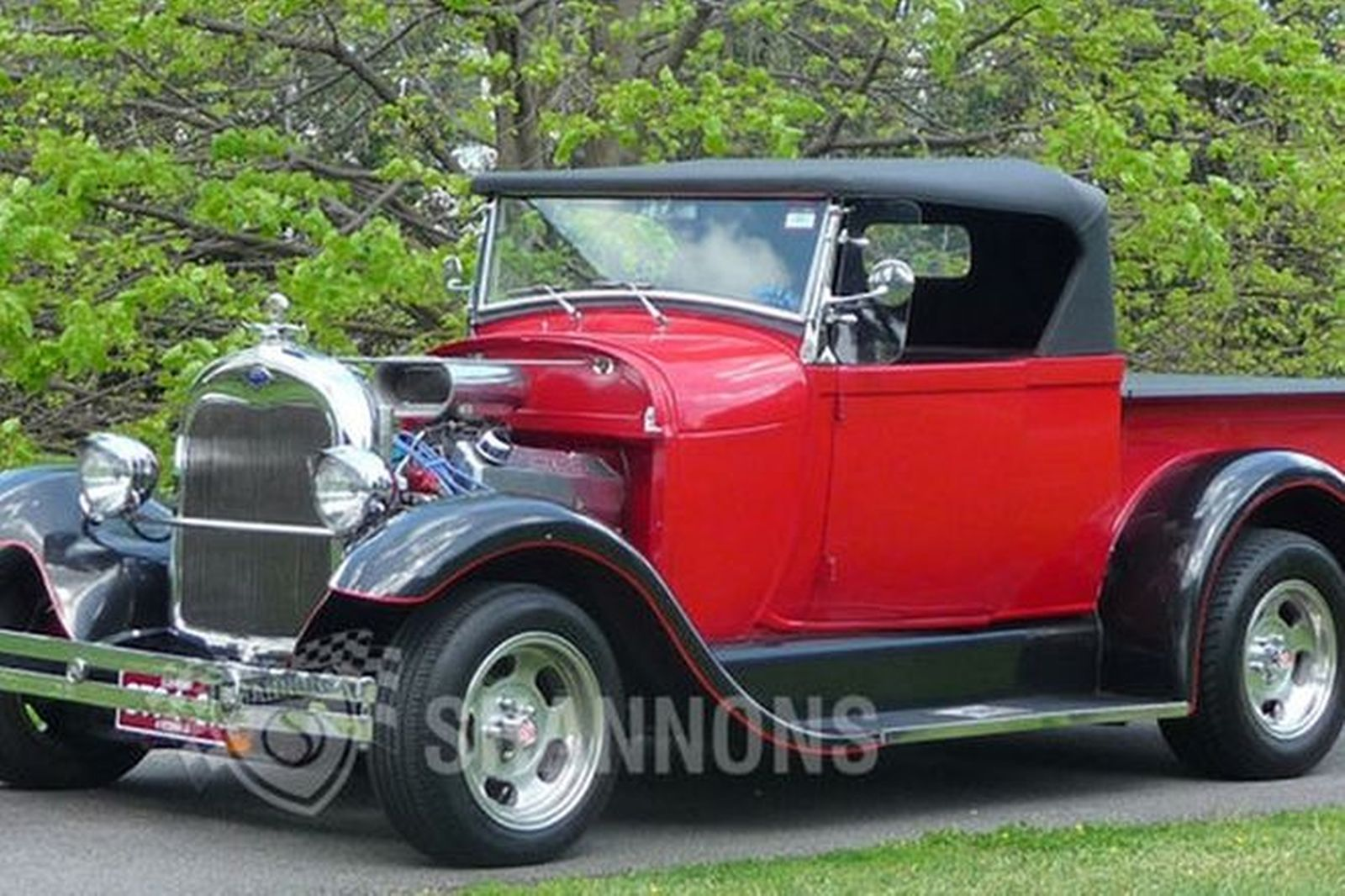 Ford Model A 'Hot Rod' Roadster Utility (RHD)