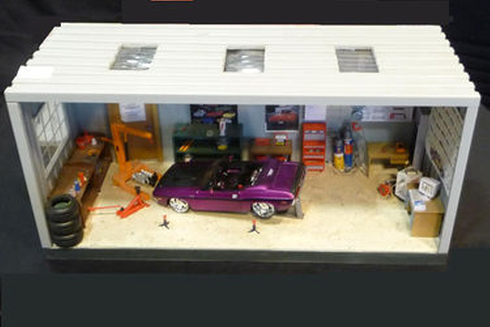 Online Car Auction >> Sold: Building Models - Speed Shop Diorama and Garage Diorama and six cars Auctions - Lot A ...