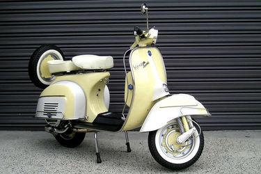 Vespa 150cc VLB Scooter