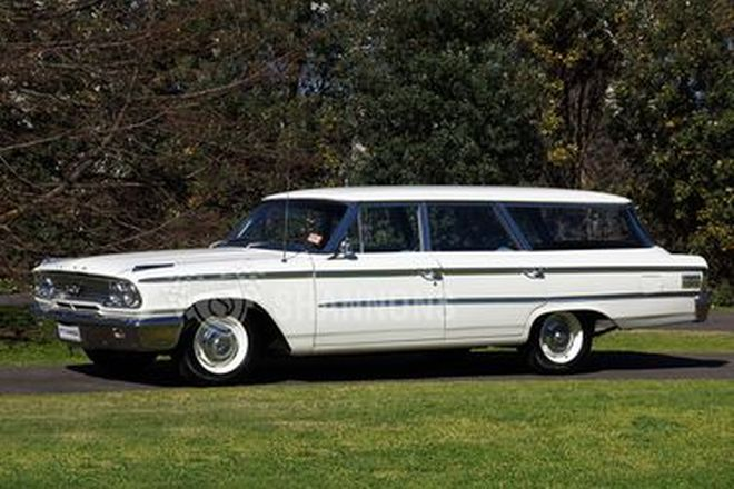 Ford Galaxie 'Country Sedan' Wagon (RHD)