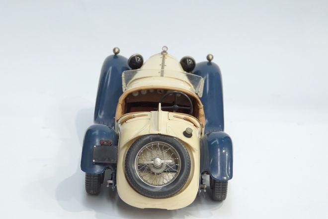 Alfa Romeo Pocher AC 20 Coupe (Plastic Model Car)