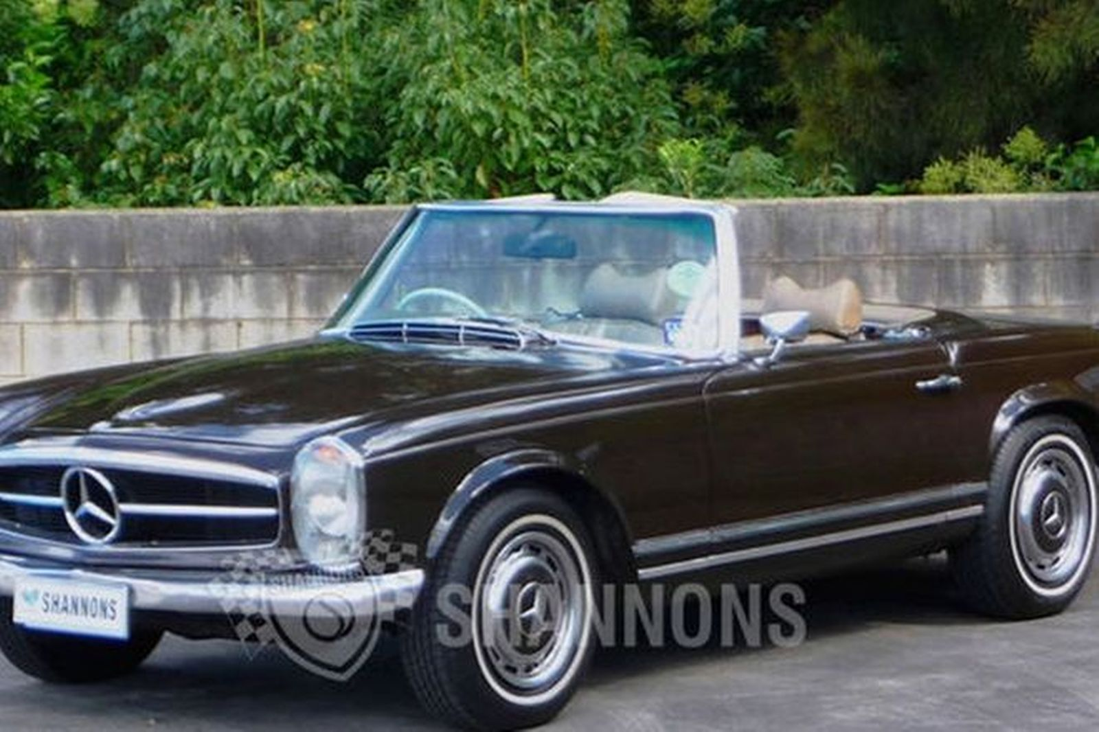 sold mercedes benz 280sl convertible auctions lot 25 shannons. Black Bedroom Furniture Sets. Home Design Ideas