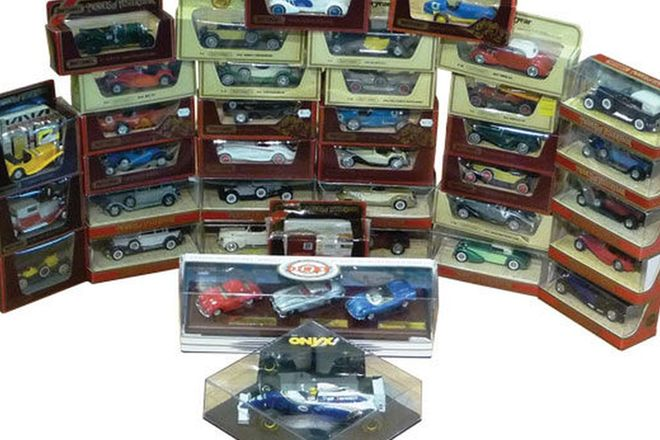Model Cars - 36 x Matchbox Models of Yesteryear (Scale some 1:38 & Various)