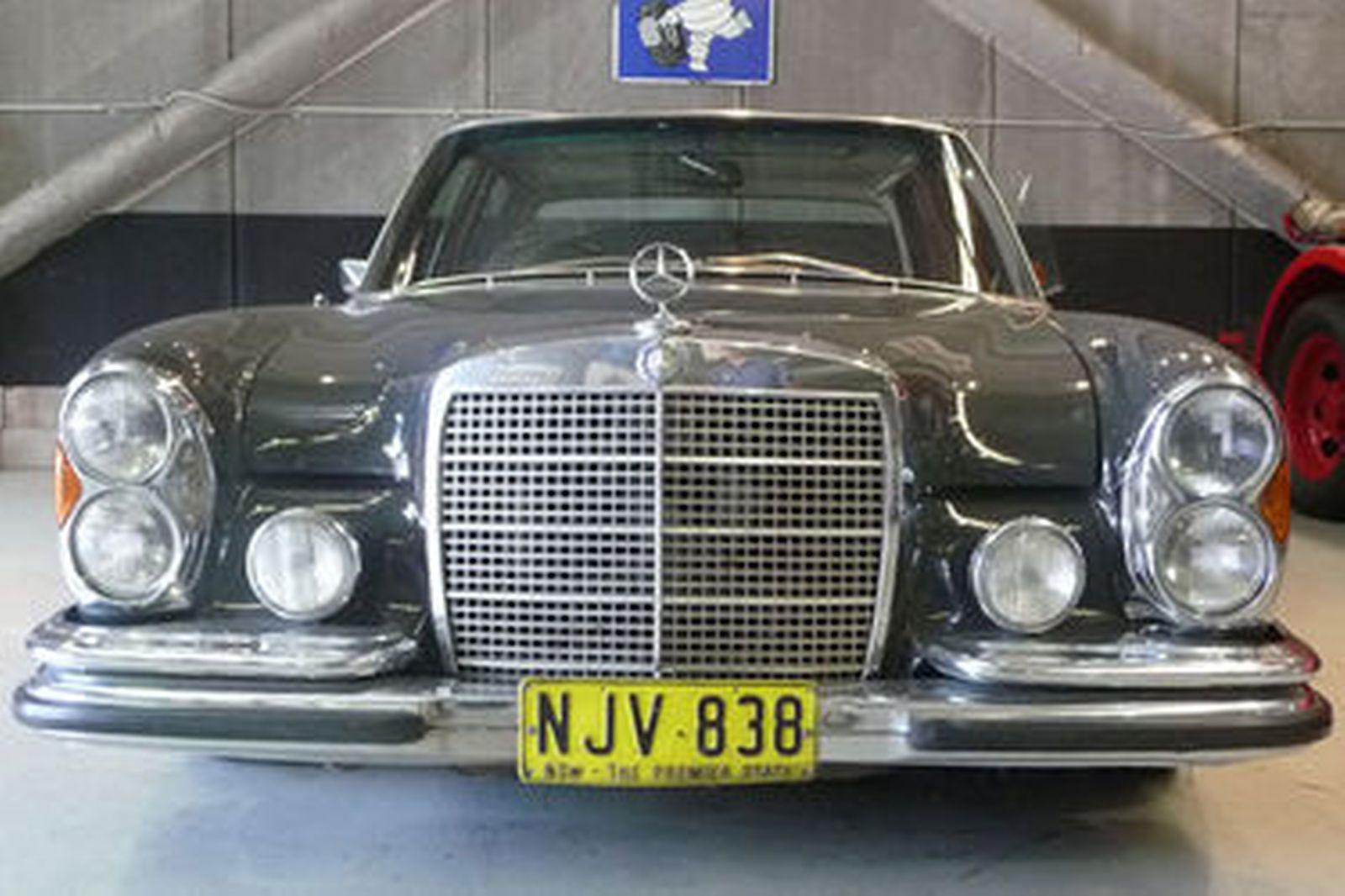 Mercedes-Benz 300 SEL 6.3 Sedan