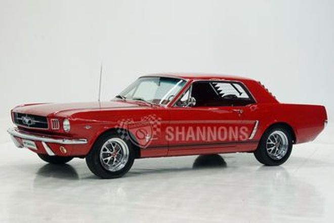Ford Mustang 289 V8 Coupe (LHD)