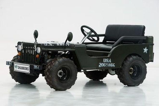 Motorised  Jeep -  c2012 Motorised Mini Jeep in US Army Style with petrol engine (4 Foot Wheelbase)