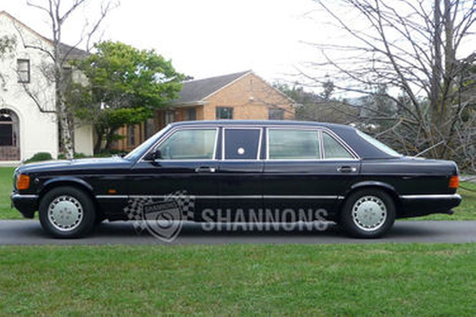 Sold mercedes benz 560sel limousine auctions lot 33 for Mercedes benz 560sel