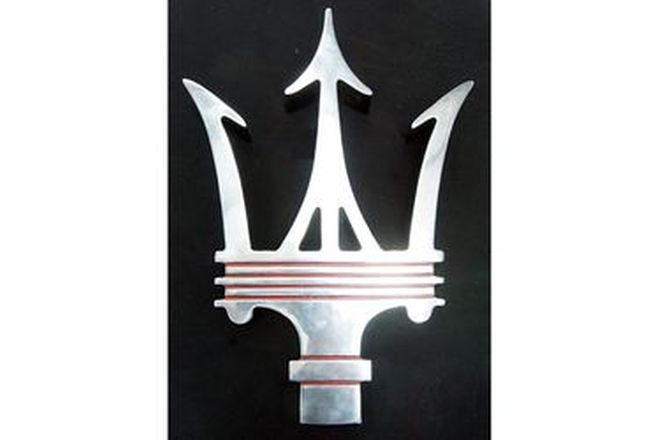 Emblem - Cast Alloy Maserati Trident (53 by 78cm)
