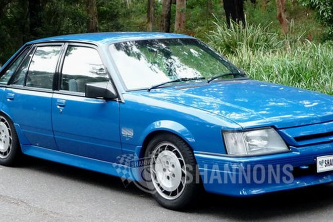 Holden VK Commodore Group A SS/ Group 3 Sedan