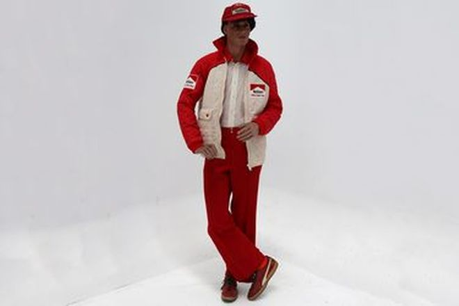 Race Team Outfit - early 1980s Marlboro Holden Dealer Team Outfit