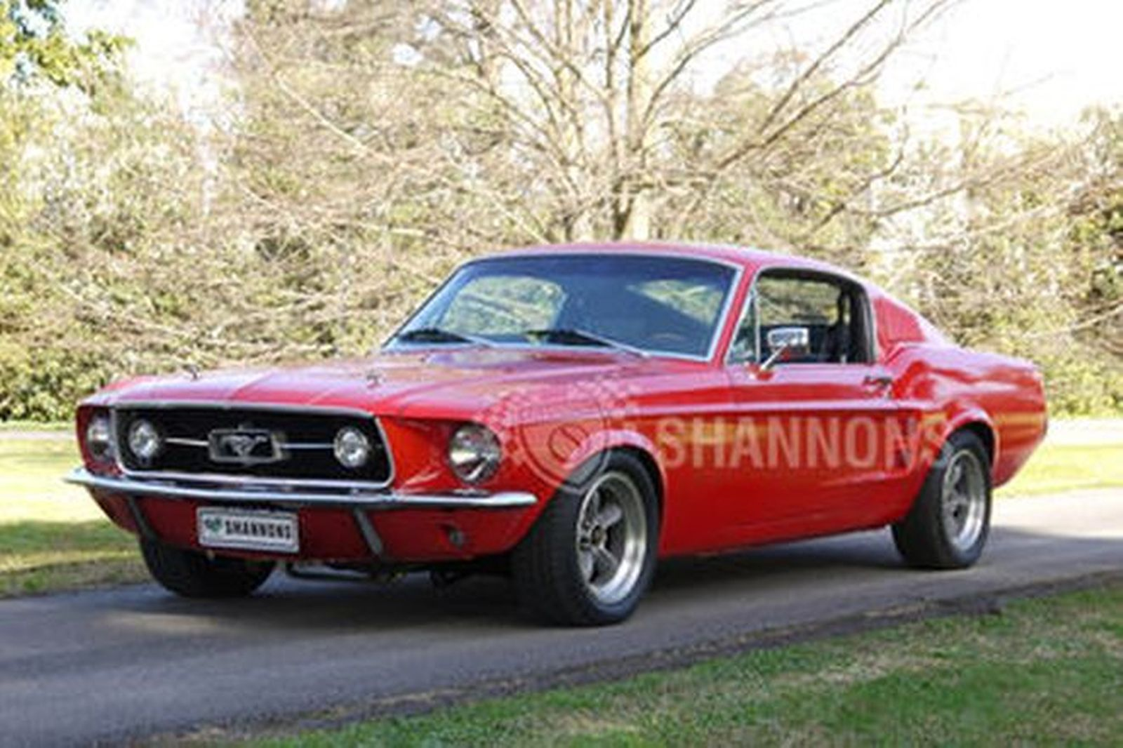 Ford Mustang GT Fastback LHD