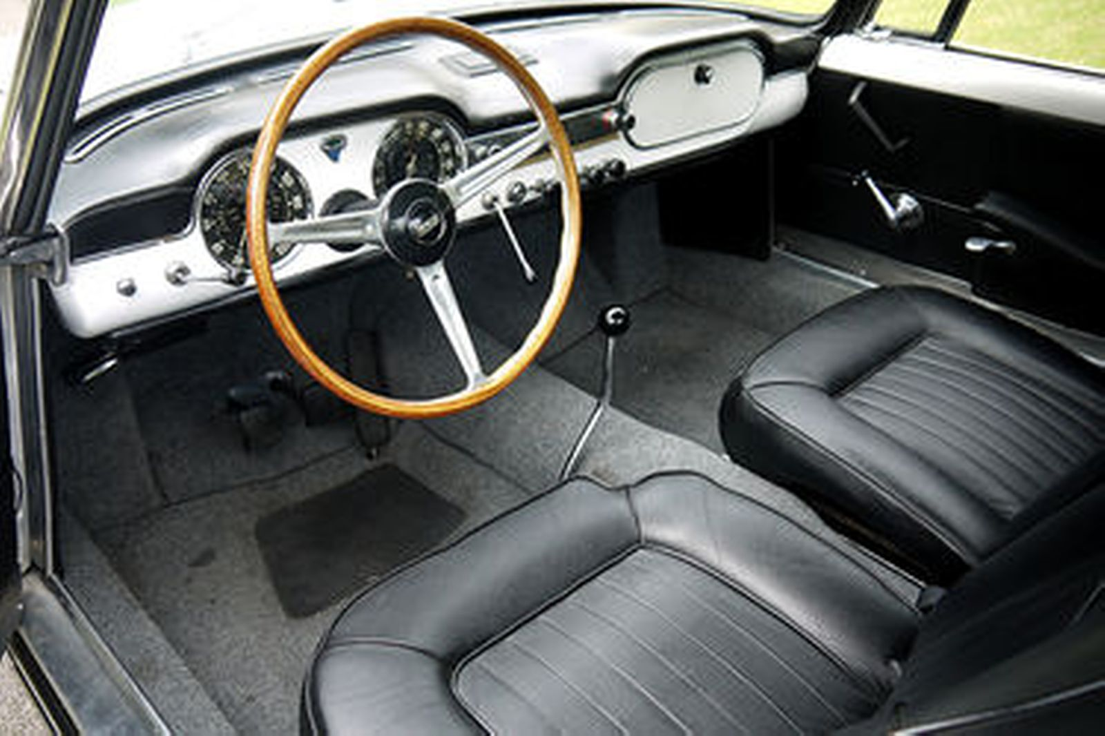 https://www.shannons.com.au/library/images/auctions/I6H2D2X1Y6U2Z4G3/1600x1066/1963-lancia-flaminia-gtl-3c-touring-28l-coupe-lhd.jpg
