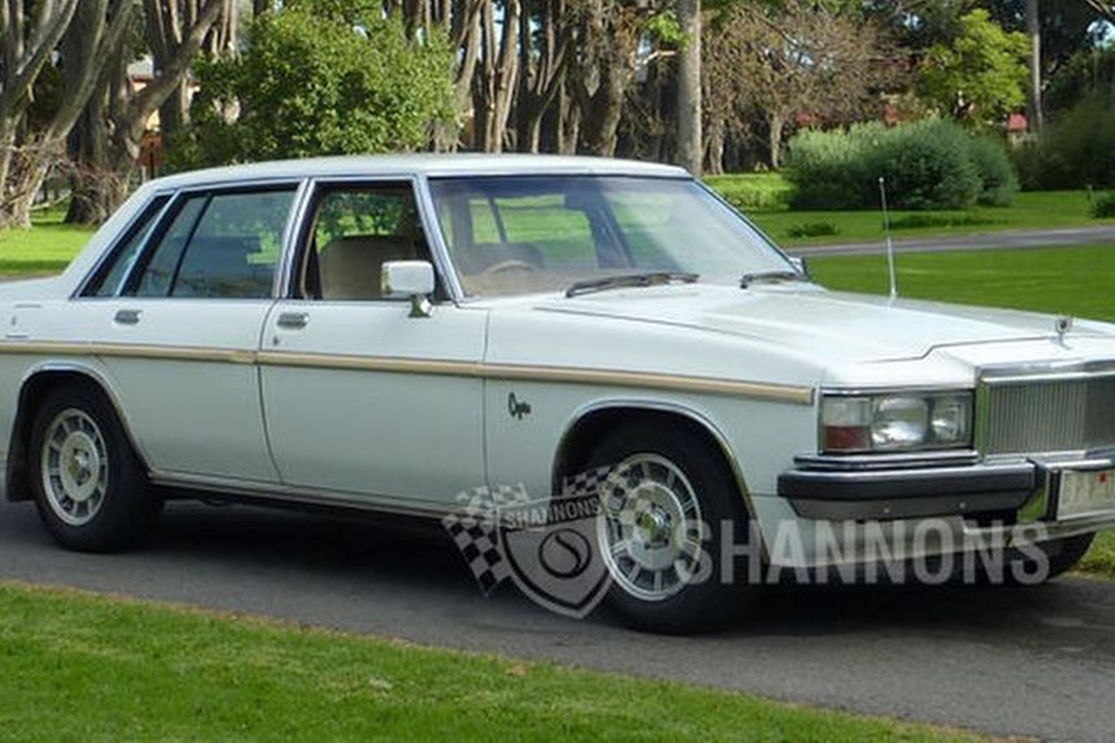 Sold Holden Wb Statesman Caprice Sedan Auctions Lot 10