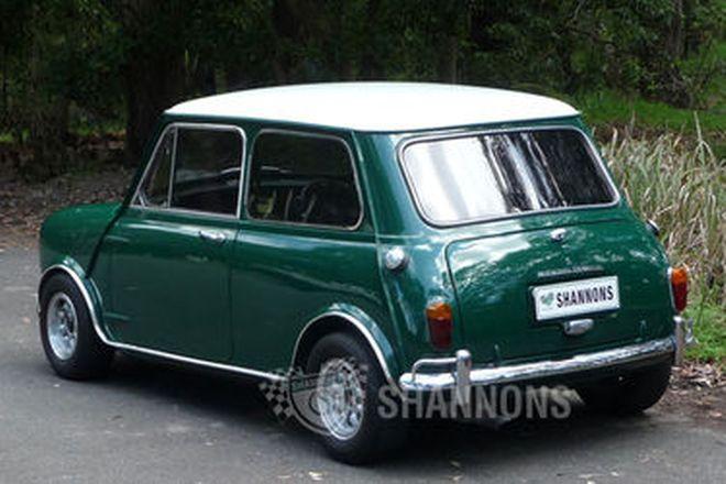 Morris Mini Cooper S MK2 Saloon