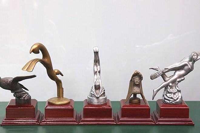 Car Mascots x 5 - Assorted Period Car Mascots on Bases