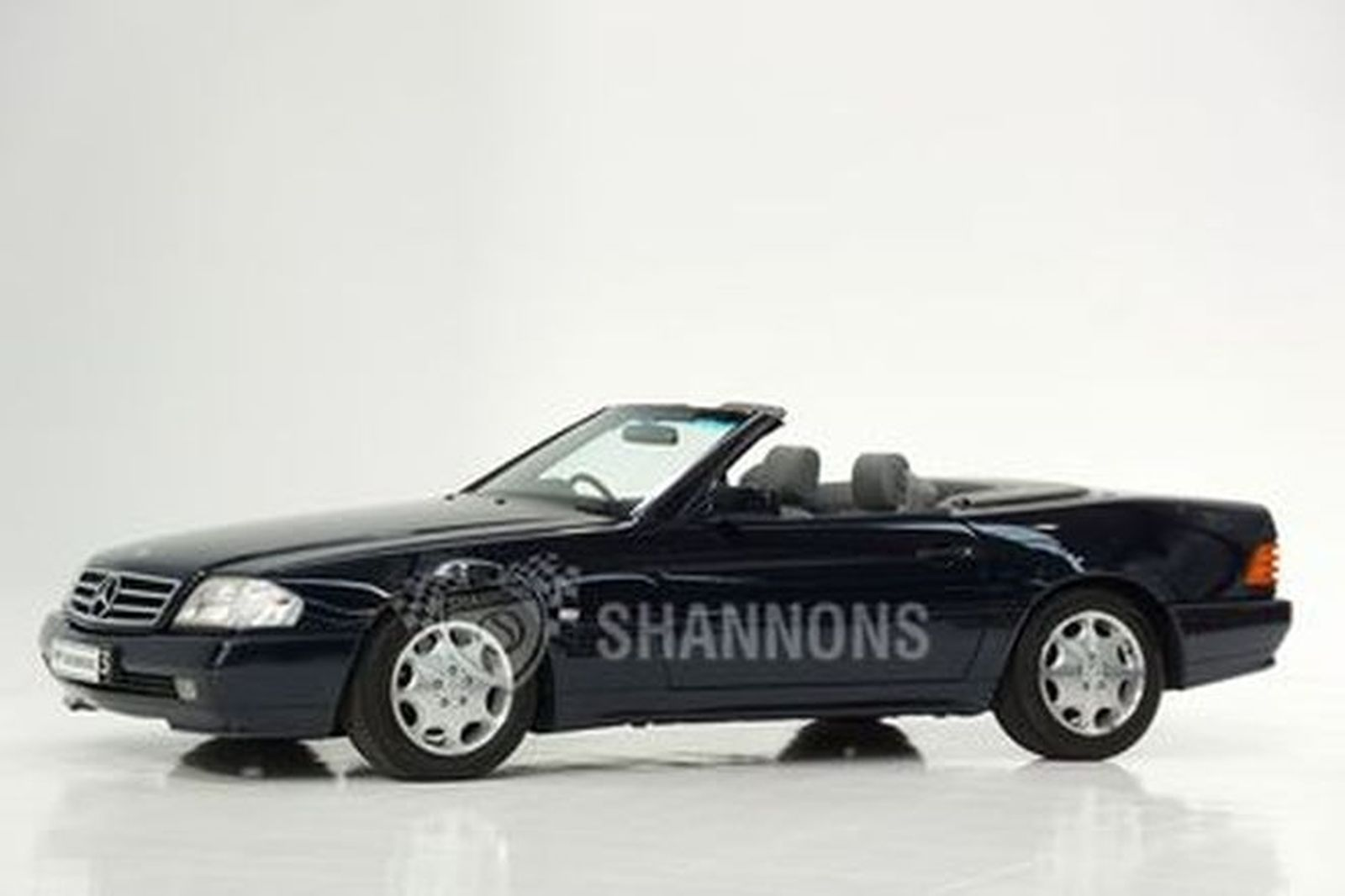 Mercedes-Benz SL500 Convertible