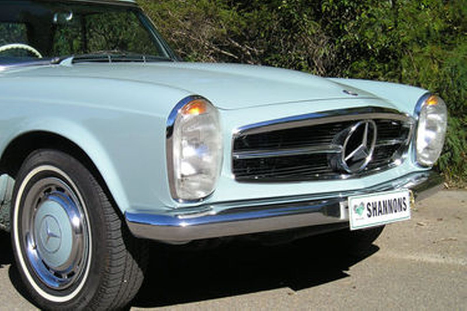 Mercedes-Benz 250 SL Convertible