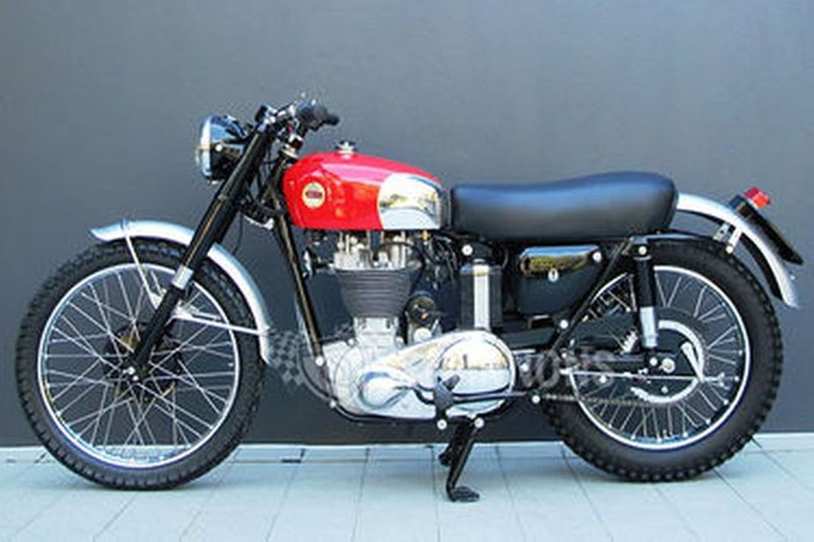Sold: Ariel HS 500cc Motorcycle Auctions - Lot AF - Shannons