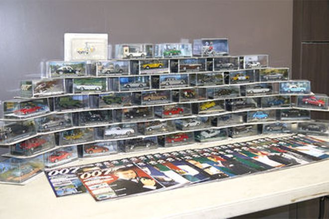 Model Cars & Magazines - James Bond Vehicle Collection (53 Cars)