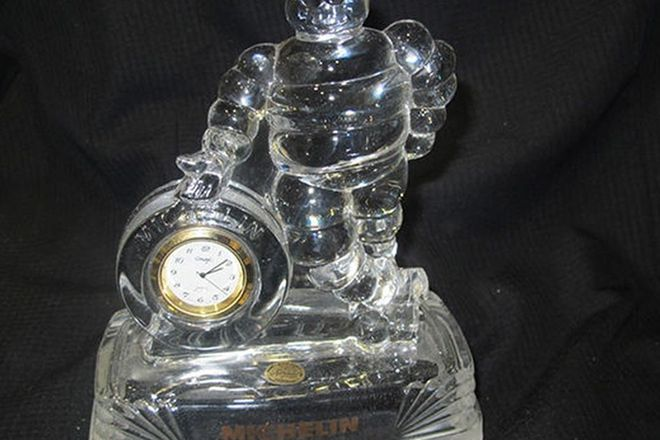 Clock - Michelin Crystal d'Arques France (18cm tall)