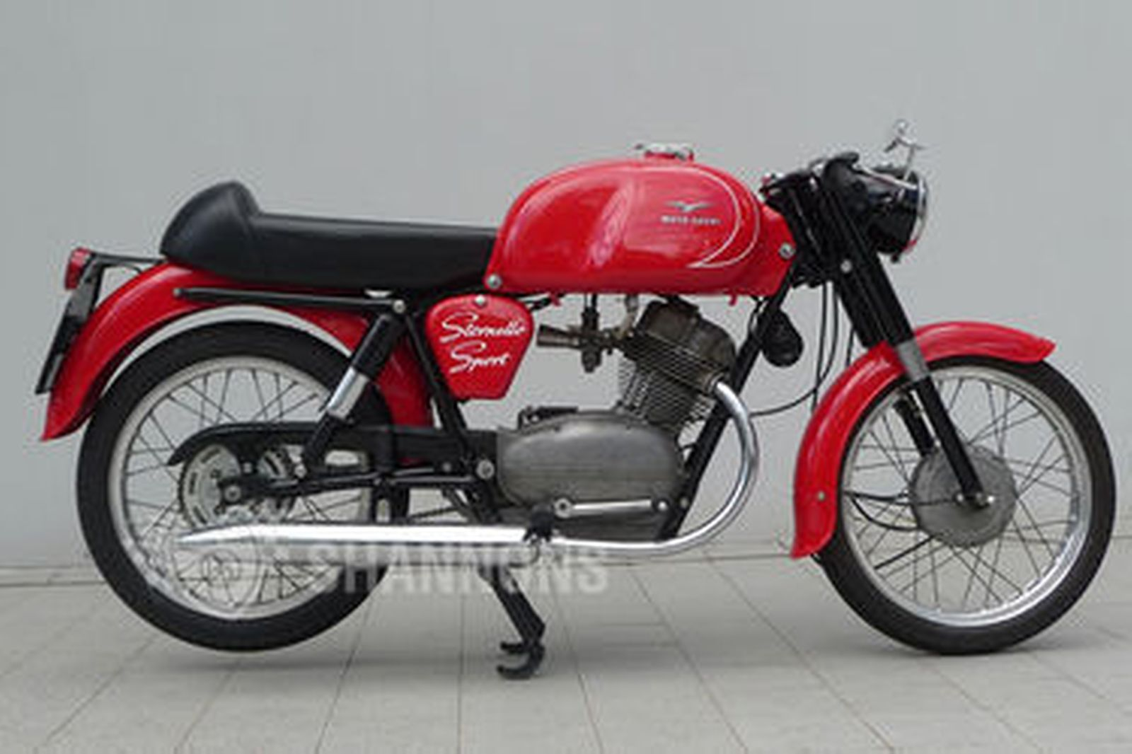 sold moto guzzi 125cc stornello sport motorcycle auctions lot 16 shannons. Black Bedroom Furniture Sets. Home Design Ideas