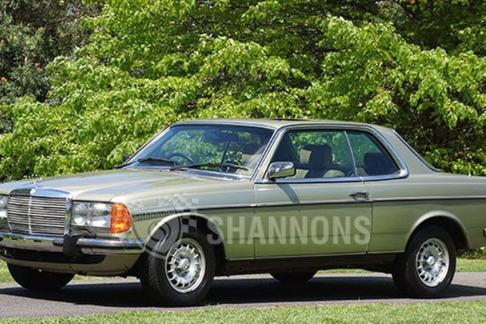 Sold mercedes benz 280ce coupe auctions lot 7 shannons for Mercedes benz 280ce for sale