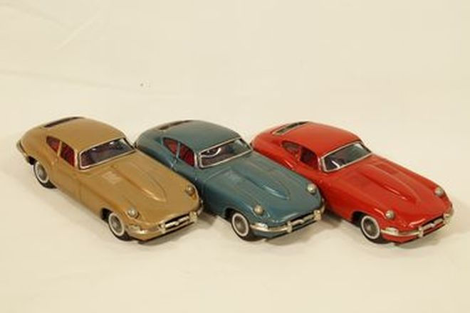 Model Cars x 3 - 1960s Jaguar E-Type Tinplate in Metallic Blue, Gold & Red by Bandai, Japan