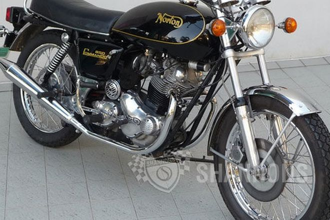 Norton Commando 850 MKIIA Interstate Motorcycle