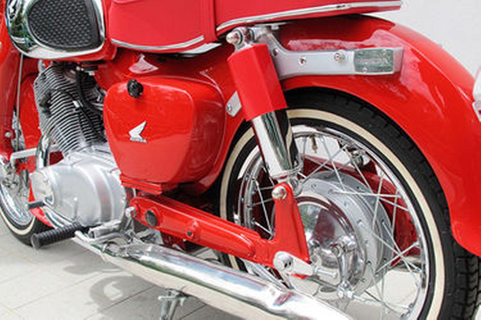 Sold Honda Cb77 305cc Dream Motorcycle Auctions Lot