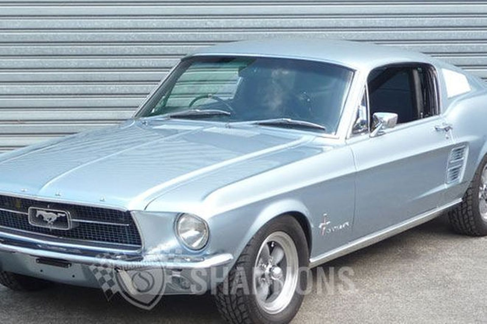 Ford Mustang Fastback (RHD)