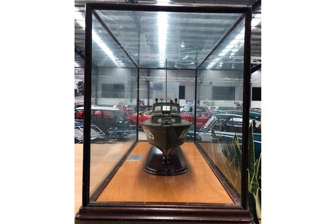 Model Boat - Halversen in glass case  (Size 90 x 53 x 41 cm )