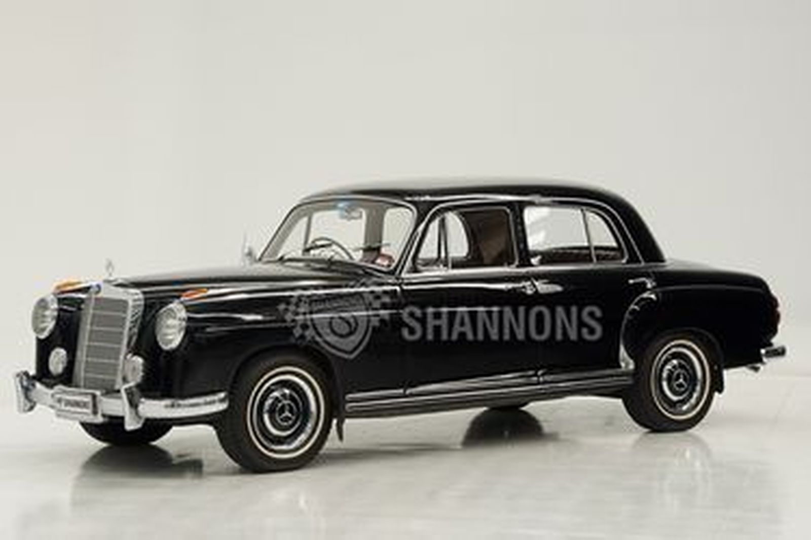 Mercedes-Benz 220A 'Ponton' Saloon