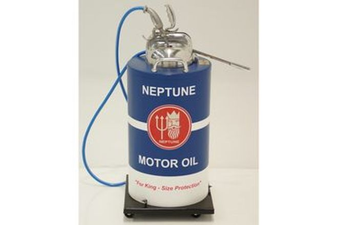 Oil Dispenser - 11 Gallon in Neptune Livery On Wheels