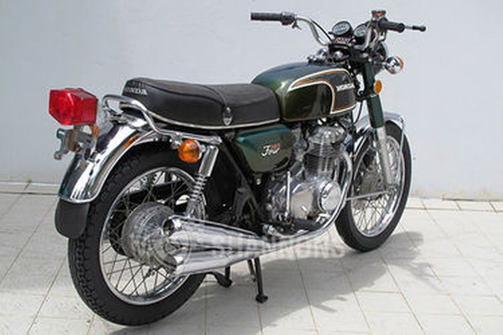 sold honda cb350 4 motorcycle auctions lot aa shannons. Black Bedroom Furniture Sets. Home Design Ideas