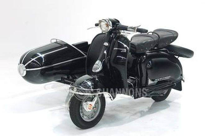 Lambretta Scooter 150cc with Sidecar