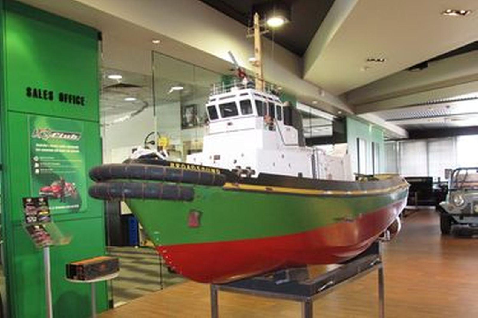 'Broadsound' Tugboat - 1 x Scratch-Built Radio-Controlled Timber Tugboat (2.2m x 70cm wide)