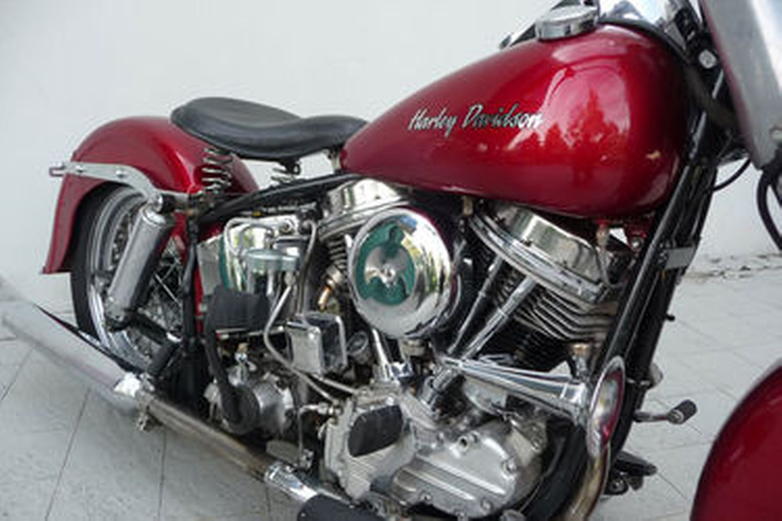Harley Davidson: Harley-Davidson FLH Duo Glide Motorcycle Auctions
