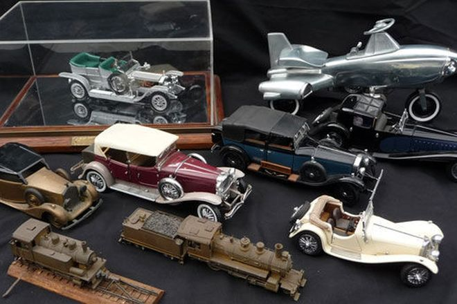 Model Cars x9 - Old Timers Model Car Collection