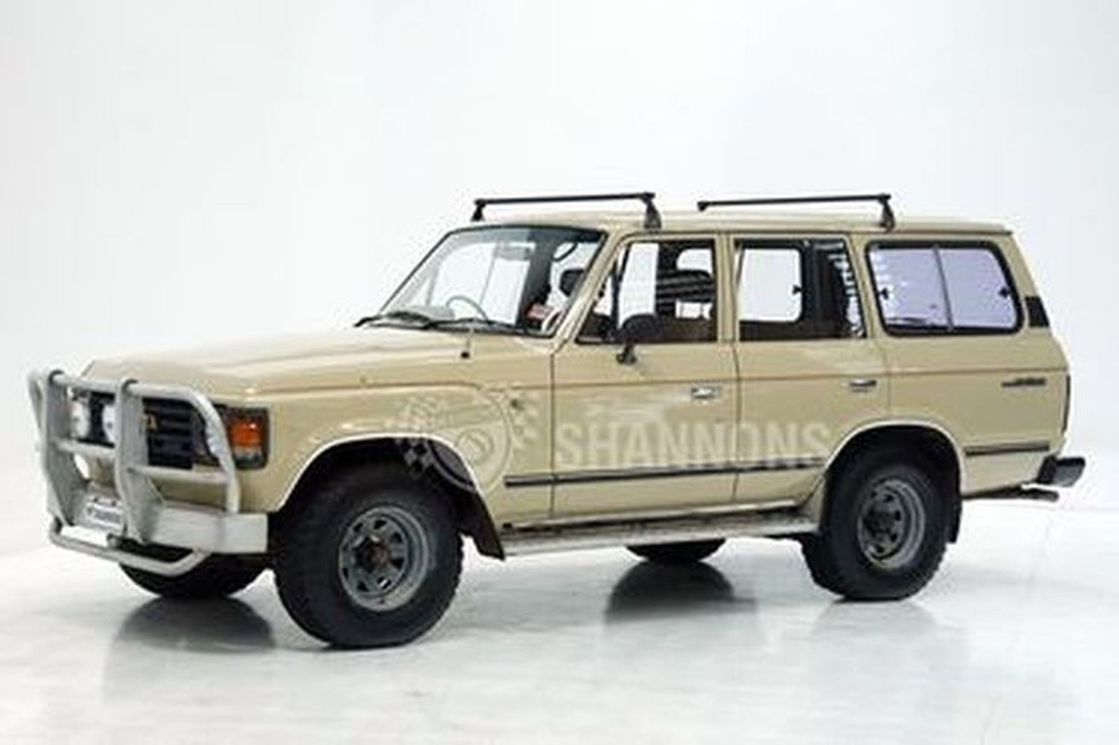 Toyota Land Cruiser HJ60 4L Diesel Wagon Auctions - Lot 5