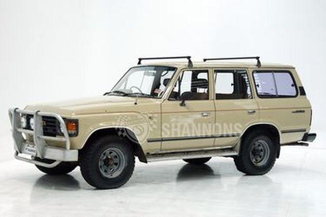 Toyota Land Cruiser HJ60 4L Diesel Wagon