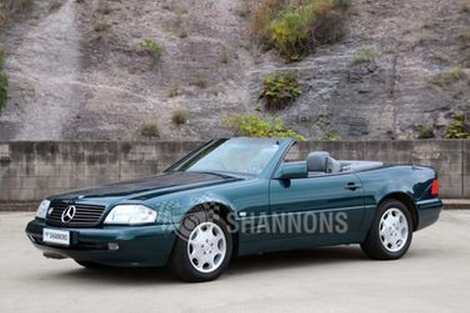 Mercedes-Benz SL500 Convertible *Amended*