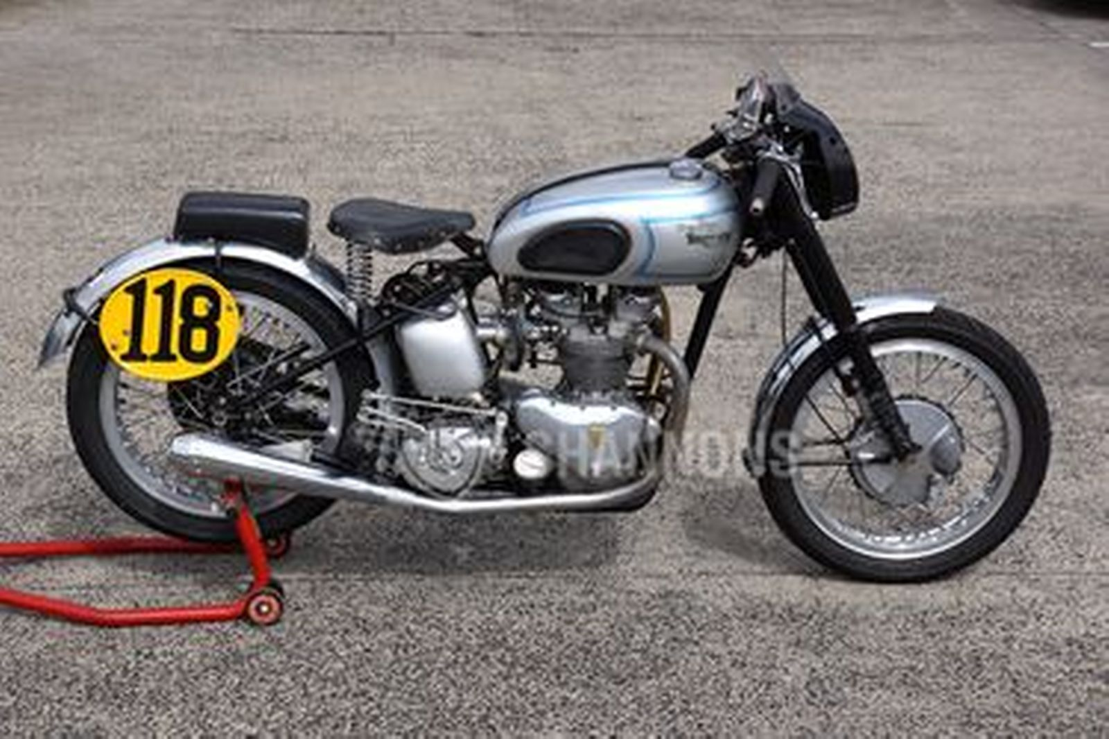 Triumph T100 Tiger Racing Motorcycle