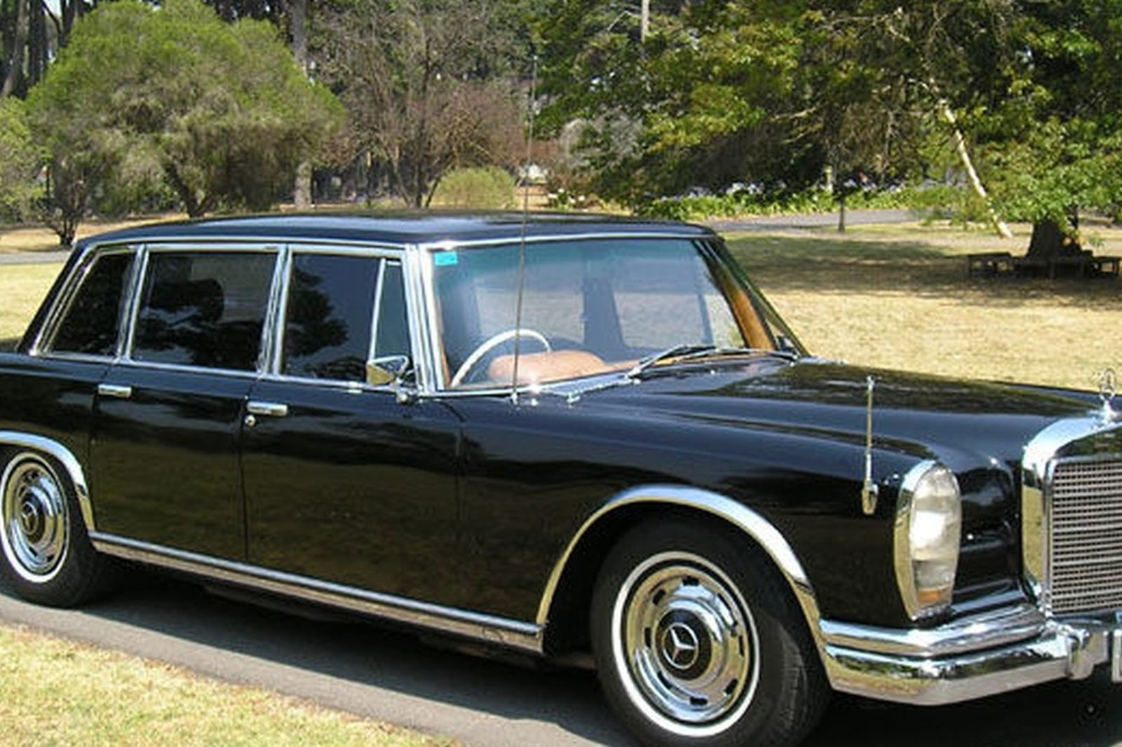 image gallery mercedes benz 600 grosser. Black Bedroom Furniture Sets. Home Design Ideas